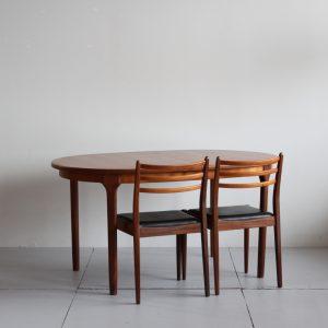 ダイニングテーブル_楕円_McIntosh