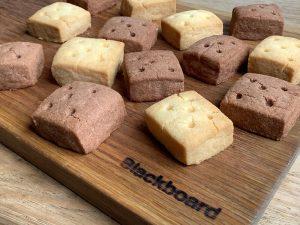 ブラックボードカフェ・焼き菓子